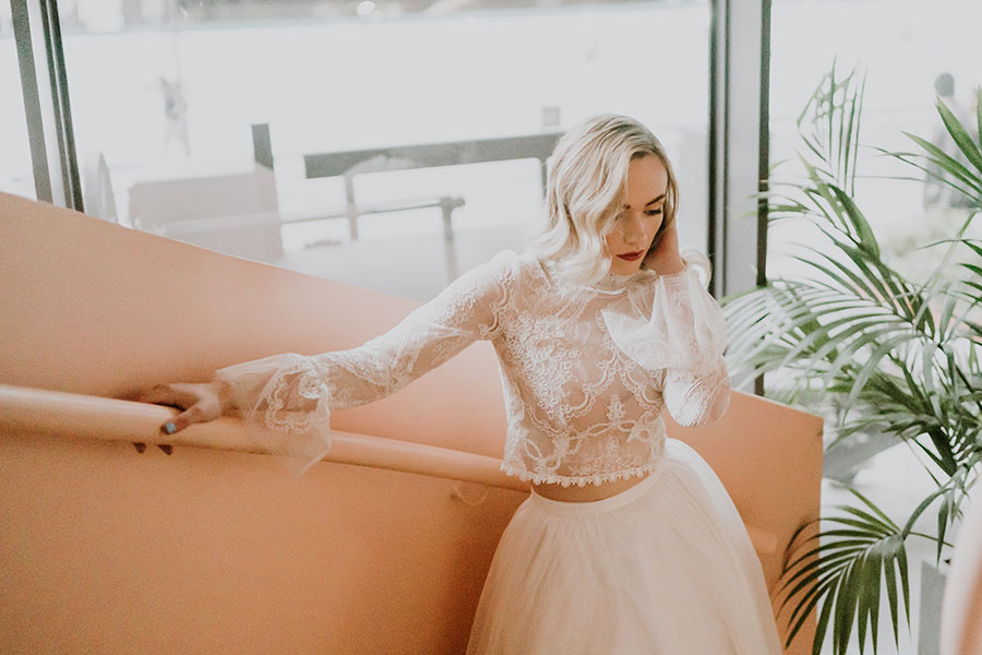 What type of dress should you wear if you're having a beach wedding?