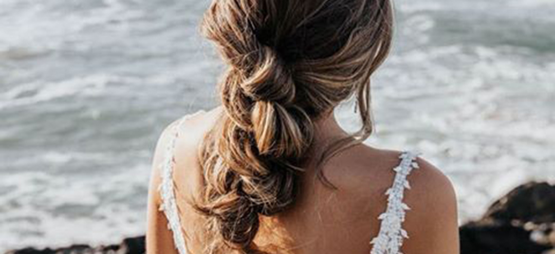 The boho bridal hairstyles that are perfect for any beach wedding