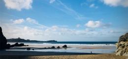 The-Chalet-at-Lusty-Glaze-Beach 1